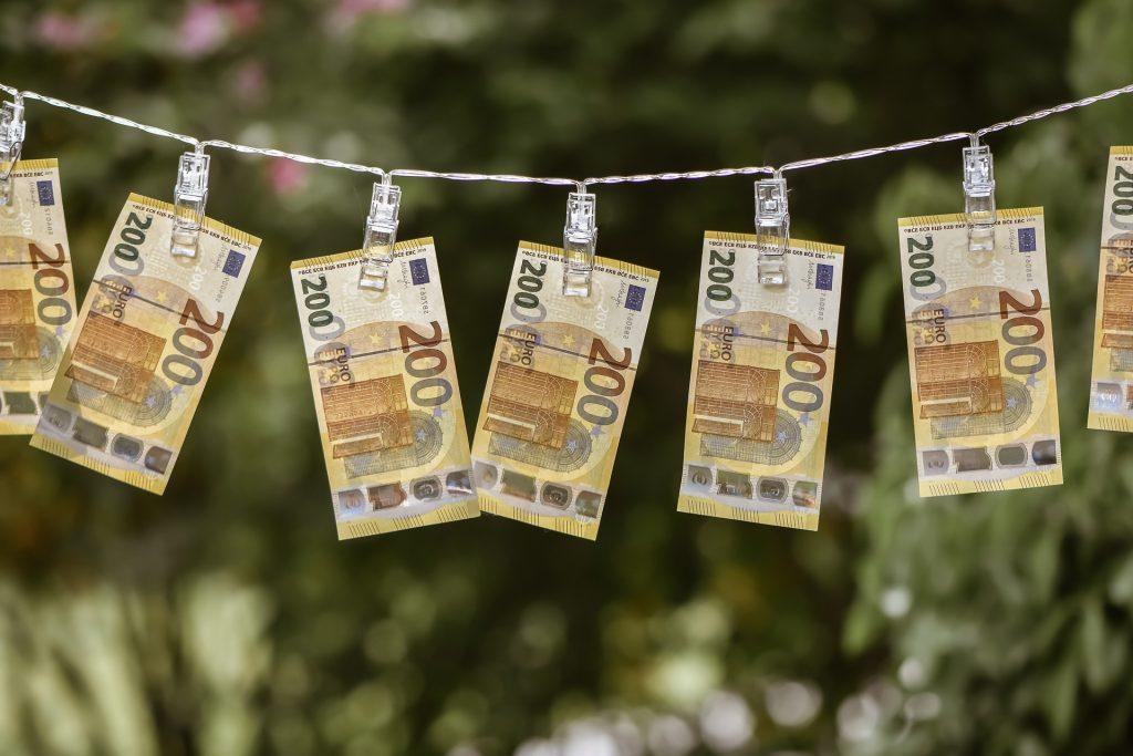 לחסוך כסף או לחיות את הכאן ועכשיו?